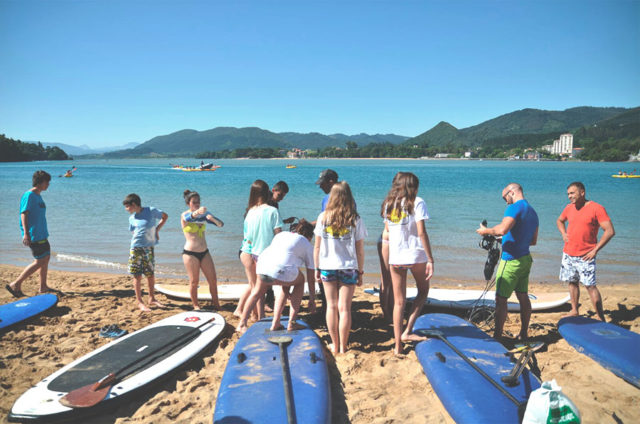 Curso de iniciación Laga Surf Camp